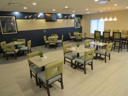 Hotel Interior | Best Western Plus Erie Inn & Suites