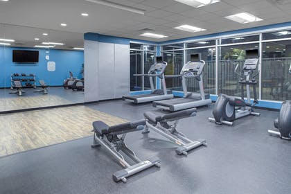 Fitness Facility   Fairfield Inn & Suites by Marriott Bakersfield North/Airport