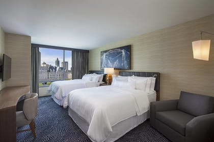 Guestroom | The Westin Milwaukee