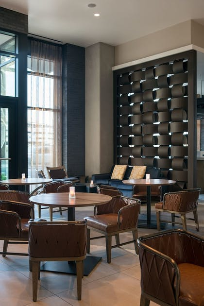 Hotel Lounge | Residence Inn Phoenix Downtown