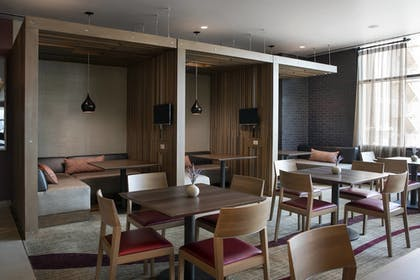 Restaurant | Residence Inn Phoenix Downtown