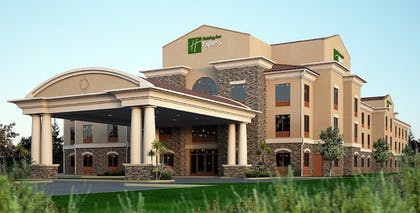 Featured Image | Holiday Inn Express & Suites Redding