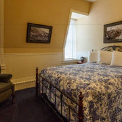 Guestroom   Grand Imperial Hotel