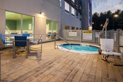 Pool | Holiday Inn Express Queensbury - Lake George Area