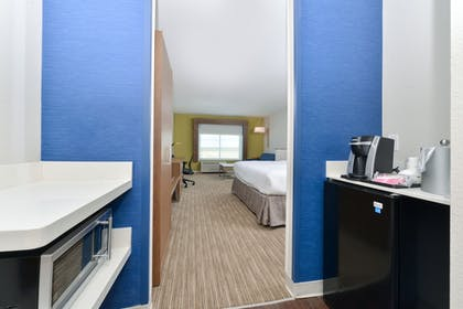 Guestroom | Holiday Inn Express & Suites Ogallala