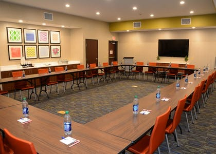 Meeting Facility | Holiday Inn Express & Suites Pittsburgh - Monroeville