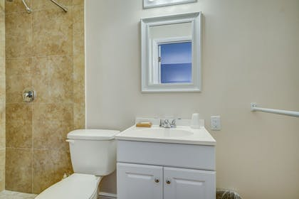 Bathroom | Sea Steps Suites
