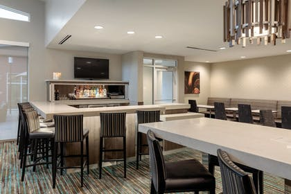 Hotel Bar | Residence Inn by Marriott Dallas Plano/Richardson at Coit Rd