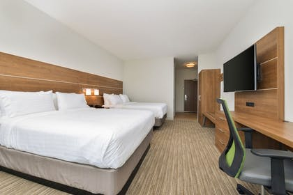 Guestroom | Holiday Inn Express & Suites Chadron