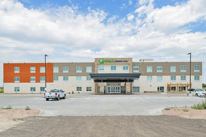 Featured Image | Holiday Inn Express & Suites Chadron