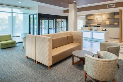 Interior | Holiday Inn Express & Suites Camas - Vancouver