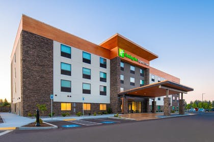 Exterior | Holiday Inn Express & Suites Camas - Vancouver