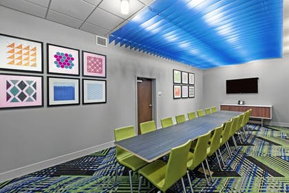 Meeting Facility | Holiday Inn Express & Suites Chanute