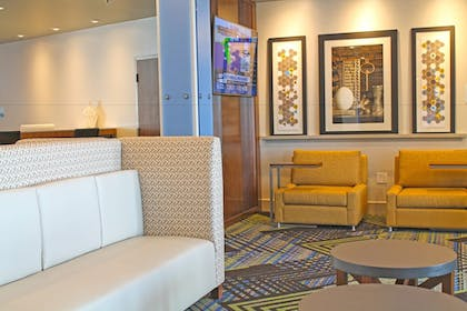 Lobby | Holiday Inn Express & Suites St. Louis South - I-55