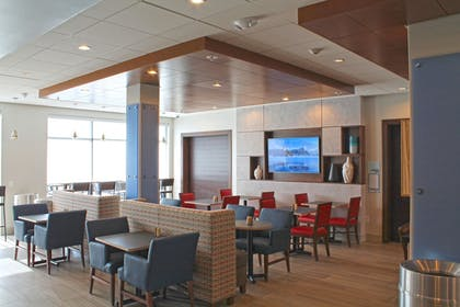 Restaurant | Holiday Inn Express & Suites St. Louis South - I-55