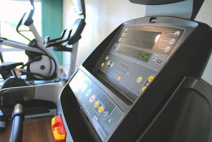 Fitness Facility | Holiday Inn Express & Suites Columbia City
