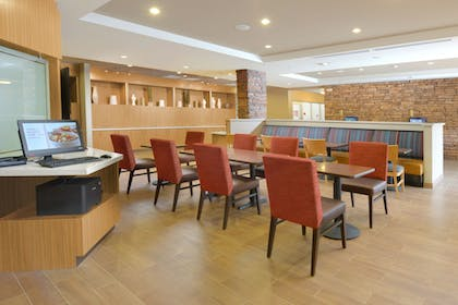 Hotel Interior | TownePlace Suites by Marriott Denver South/Lone Tree