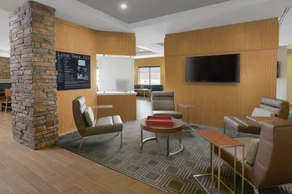 Lobby | TownePlace Suites by Marriott Denver South/Lone Tree