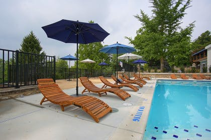 Outdoor Pool | Allenberry Resort