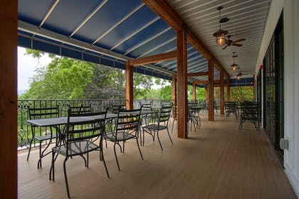 Outdoor Dining | Allenberry Resort