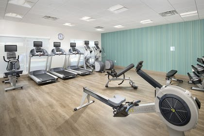 Fitness Facility | Holiday Inn Express & Suites San Antonio North - Windcrest