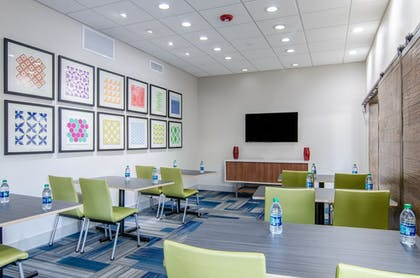 Meeting Facility | Holiday Inn Express & Suites Atchison
