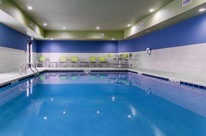 Pool | Holiday Inn Express & Suites Atchison