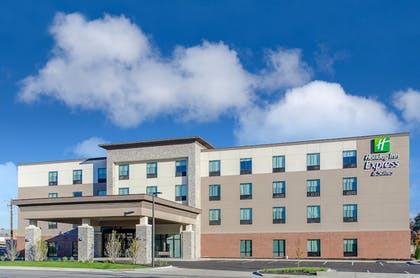 Featured Image | Holiday Inn Express & Suites Atchison