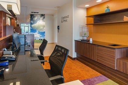 Business Center | Fairfield Inn & Suites by Marriott Abingdon