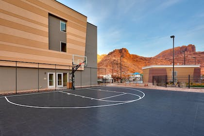 Sports Facility | SpringHill Suites by Marriott Moab
