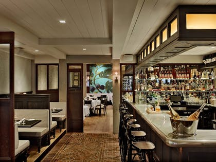 Hotel Bar | Delamar West Hartford