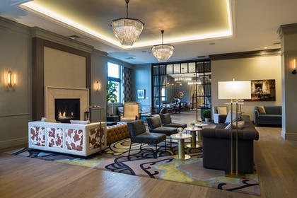 Lobby Sitting Area | Delamar West Hartford