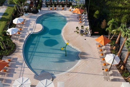 Outdoor Pool | TownePlace Suites by Marriott Orlando at SeaWorld