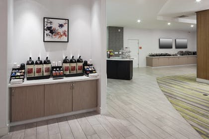 Cafe | TownePlace Suites by Marriott Orlando at SeaWorld