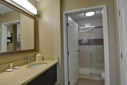 | Studio Suite, 1 King Bed, Accessible, Kitchen (Hearing) | Staybridge Suites Lakeland West