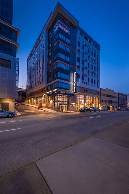 Hotel Front - Evening/Night | Residence Inn Pittsburgh Oakland/University Place