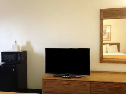 In-Room Amenity | Amerihost Inn & Suites Fulton