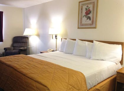 Featured Image | Amerihost Inn & Suites Fulton