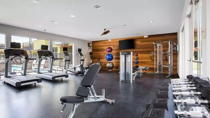 Fitness Facility | Global Luxury Suites in Emeryville