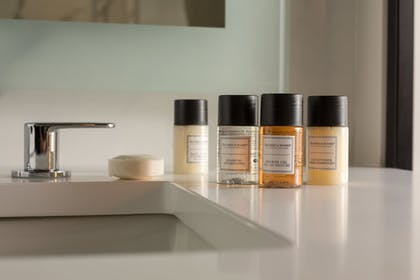 Bathroom Amenities | The Hotel at Midtown