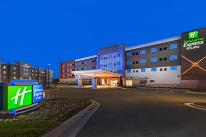 Featured Image | Holiday Inn Express & Suites Lenexa - Overland Park Area