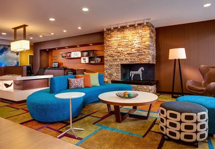 Lobby Sitting Area | Fairfield Inn and Suites by Marriott Moses Lake