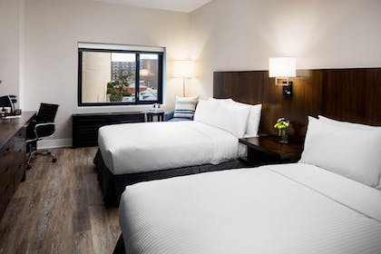 Guestroom | Watt Hotel Rahway, Tapestry Collection by Hilton
