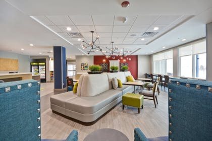 Lobby Sitting Area | Home2 Suites by Hilton Jackson