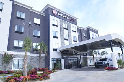 Exterior | Best Western PLUS Ruston Hotel