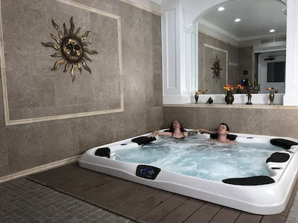 Indoor Spa Tub | The Inn And Spa At Beacon