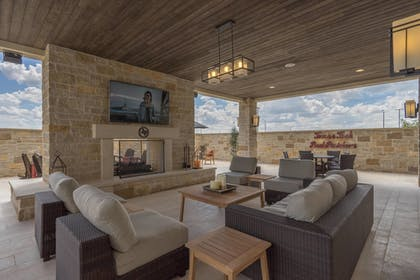 Living Area | Fairfield Inn and Suites by Marriott Lubbock Southwest