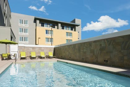 Pool | SpringHill Suites by Marriott Belmont Redwood Shores