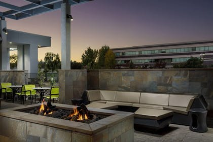 Fireplace | SpringHill Suites by Marriott Belmont Redwood Shores