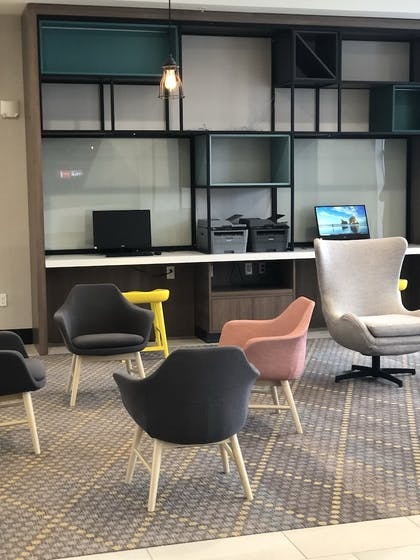 Business Center | Holiday Inn Hotels and Suites Mount Pleasant